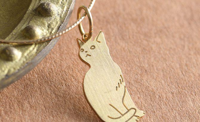 刻印ができるK18猫のチャームができました!